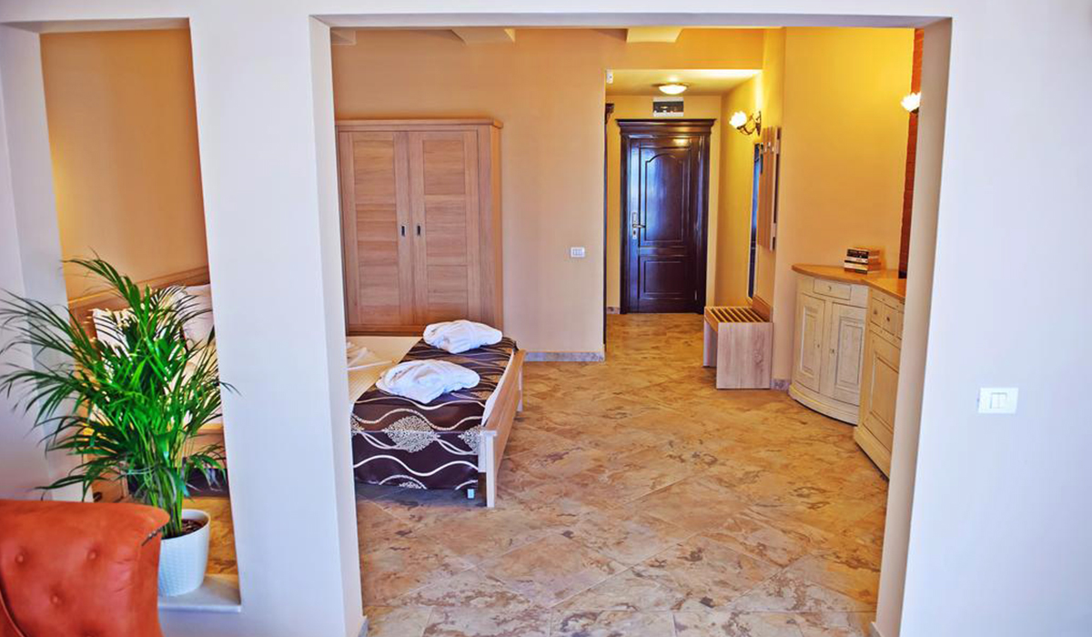 hotel-ges-junior-suit-interior-3